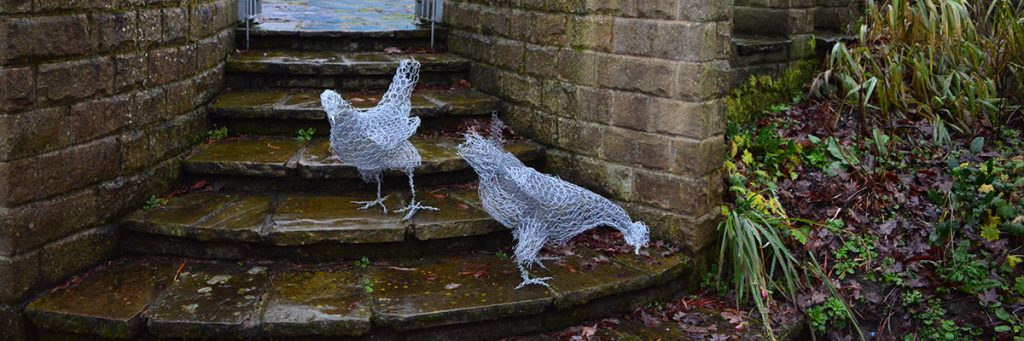 wire-hen-sculptures-JM Robinson
